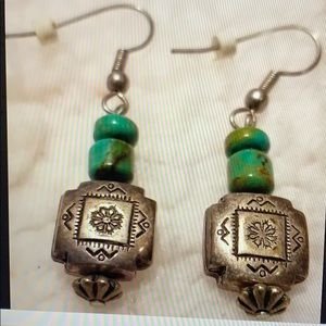 Vintage- Silver and Turquoise bead earrings🎉🎉🎉